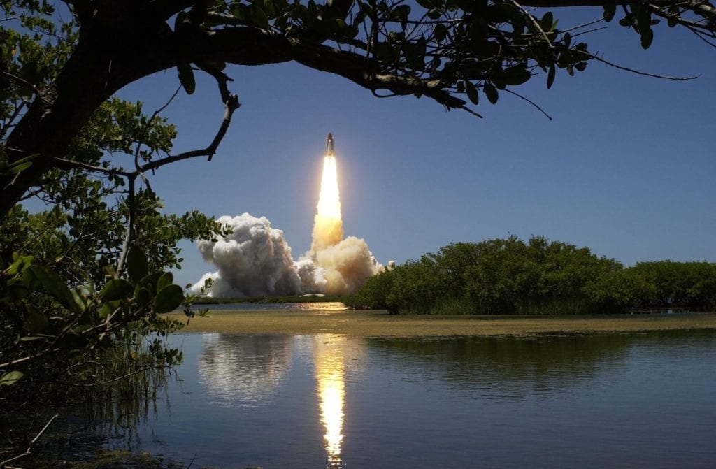 image of space rocket launch demonstrating 'we have lift off' for implementing hr software